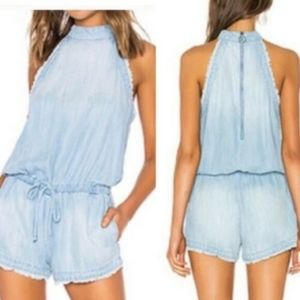 Cloth & Stone Size Medium Blue Chambray Romper